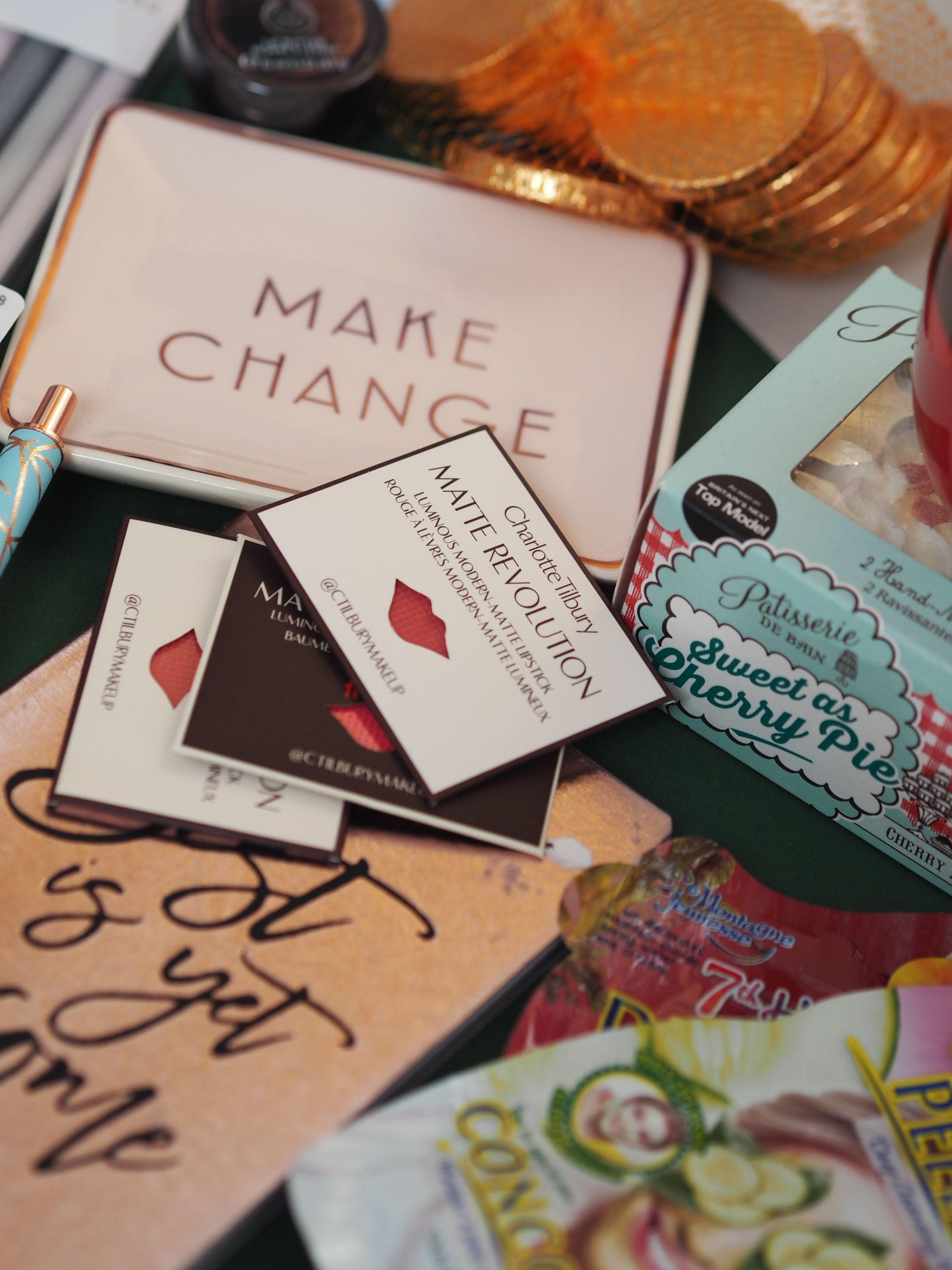 Giving the Christmas blogger box